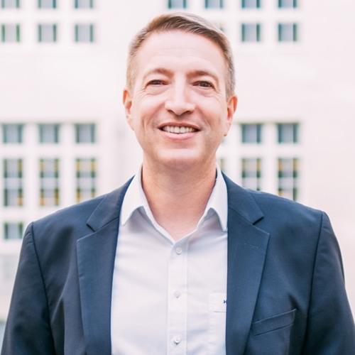 Mit Re-Commerce zum Millionenunternehmen: Heiner Kroke (CEO) über den Erfolg von momox