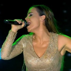 Carole Samaha - Habbet Delwaat Live / انا قلبي ليه حاسس اوي