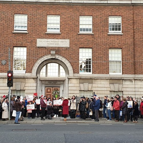 Charles Byrne on 98FM on the peaceful vigil at Holles Street Hospital on New Years Day