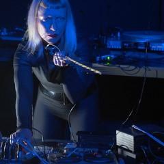 Sinking into the Dark I -  Excerpt Live@KM28, Berlin 06.12.19