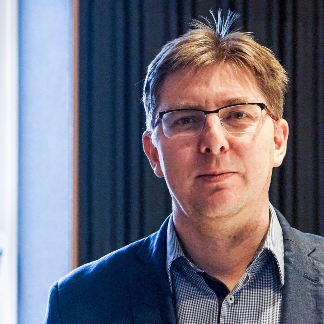 Martin Slosiarik - Kotlebovi sa podľa výskumov darí oslovovať nevoličov aj bývalých voličov Smeru