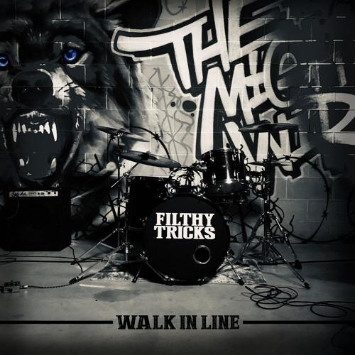 WALK IN LINE