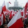 Неможливо передбачити, хто переможе, суспільство поділене 50/50 — аналітик про вибори у Польщі