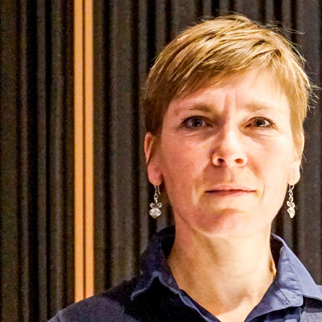 Eva Kováčechová - Obeť domáceho násilia situáciu nevyrieši sama, musí kontaktovať tretiu osobu
