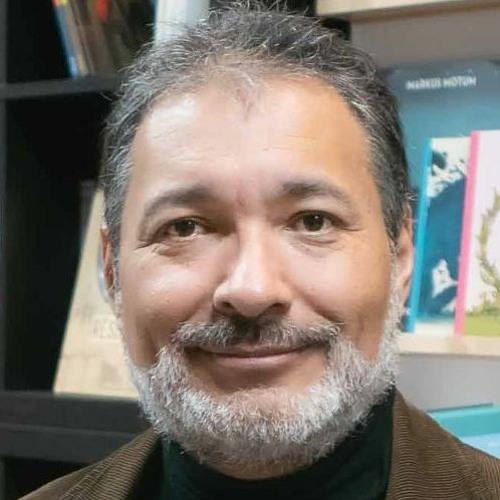 S01EP24 - Les entretiens confinés : Gilberto Villarroel et la science merveilleuse du feuilleton.