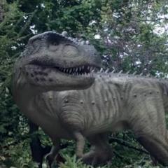 Making animatronic dinosaurs ...Dino Don