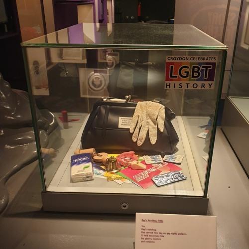 Croydon Handbag (Broadcast version)
