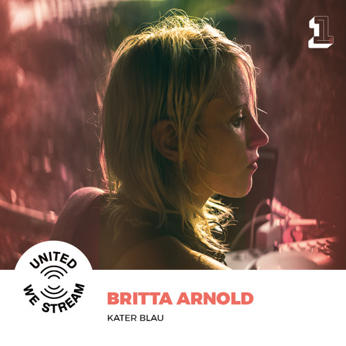 Britta Arnold presents United We Stream Podcast Nr. 001