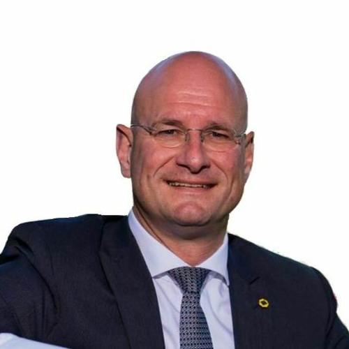 Burgemeester van Hoorn Jan Nieuwenburg in gesprek met Wally Ooms over de coronacrisis 2020 - 03 - 29