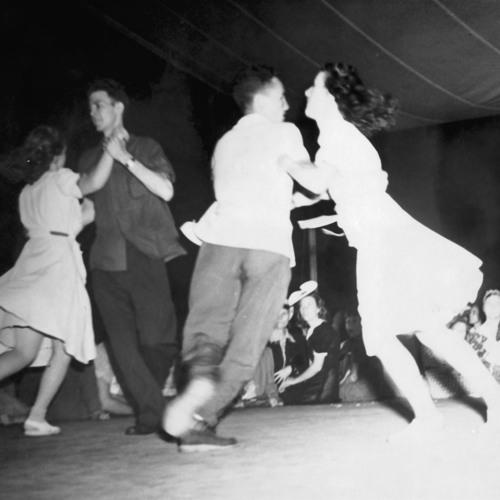 S22: Short Cuts: Dancing On The Radio 2/7