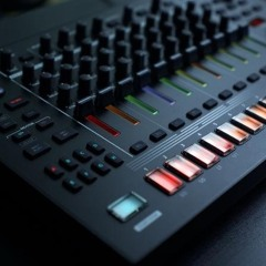 Techno Track Roland Tr8s GDM