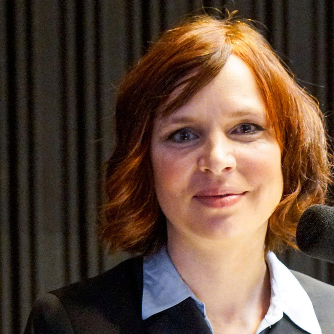 Veronika Remišová - Najskôr musíme riešiť koronavírus, potom osobné hádky a spory