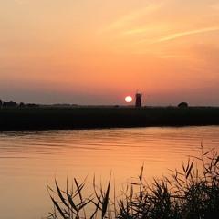 Chill Sunset 02