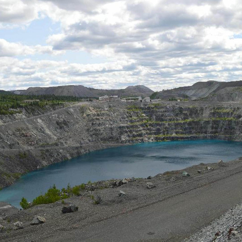 Ep. 46: A Debate on the Dregs of Asbestos Mining