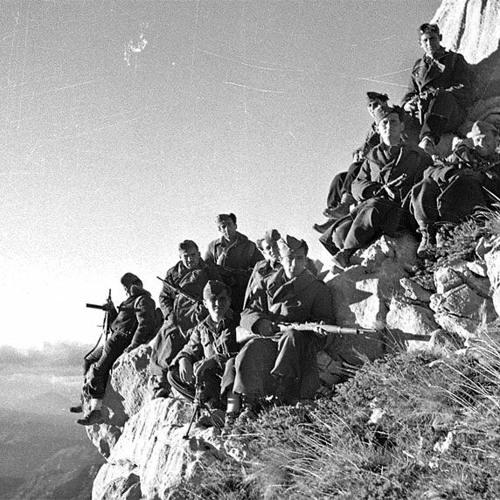 Στιγμές Ιστορίας : Γεγονότα από την ίδρυση του ΔΣΕ έως τη λήξη του αντάρτικου | 11-07-2020