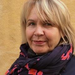 """Työelämäprofessori Ritva Leino: """"Median muutoksessa ei voi toistaa vanhoja toimintamalleja"""""""