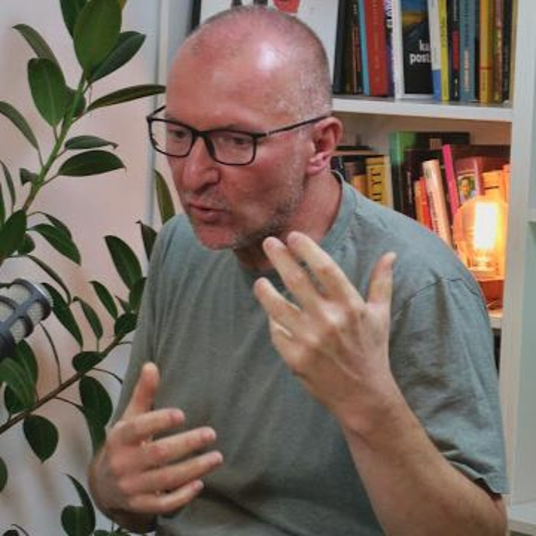 Podcast 033: Dejan Ilić (Fabrika knjiga)
