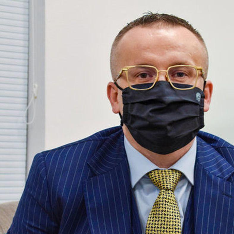 Vladimír Pčolinský - Korupcia na čele polície nemohla fungovať bez politického krytia