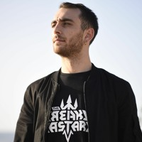 THE FREAKY BASTARD - NEVER HOT (RADIO EDIT)
