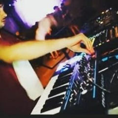 Topsy Live Act Techno 2