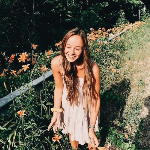 231-- The Girl Everyone Loves, Macy Carey, Spring Lake