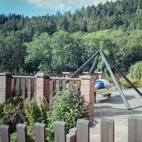 Fotografic: V Zahradě (Pavel Matoušek a Alžběta Kočvarová)