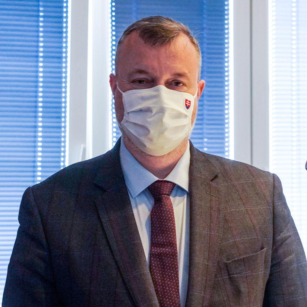 Milan Krajniak - Odvolanie Ľubomíra Vážneho je zákonné