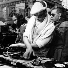 Lockdown Uploads - Massive Attack takeover - Kiss FM Boxing Day 1991 DJ set - Part 1