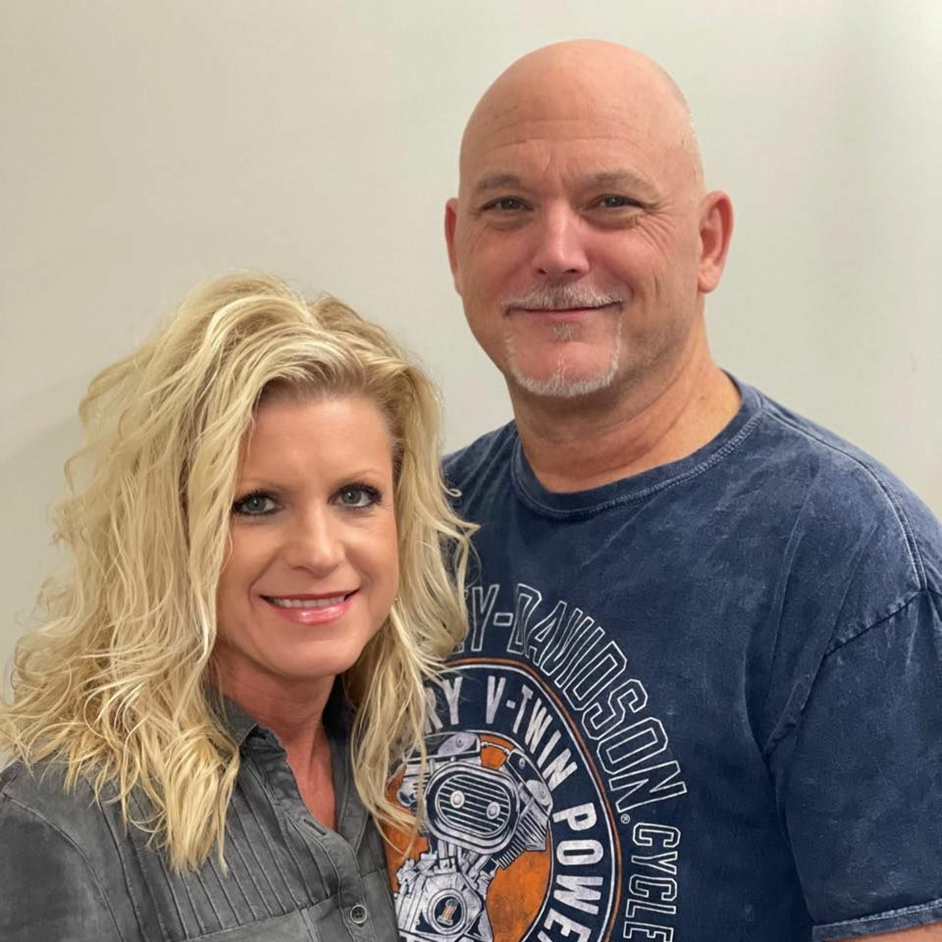 Episode 8610 - Stay in the Race - Angie and Ricky Dean