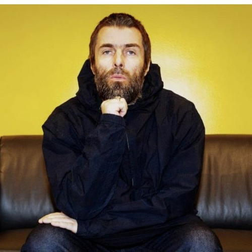 LIAM GALLAGHER CHATS WITH TRACY