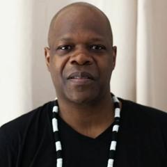 """Amobé Mévégué """"je suis un parfait métis culturel et revendique mon appartenance mondialisée"""""""