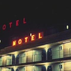 333Skelmortem - Heartbreak Hotel ft. Lexx Stokes