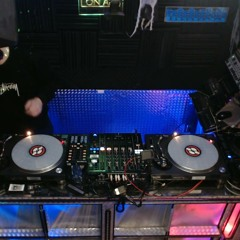 House Music In The Mix