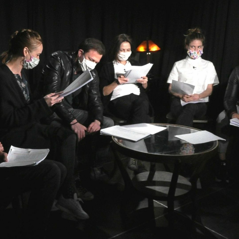 .herci čítajú: Sex noci svätojánskej