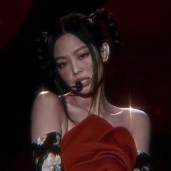 Solo - Jennie//slowed/8d <3