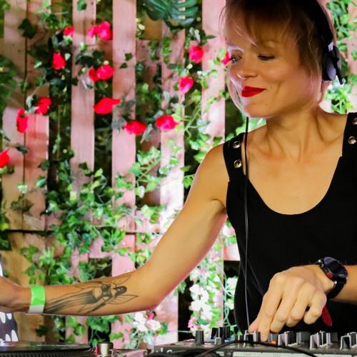 Unu - L'Exil de Caélia - What's up on the floor - Techno Session 02.20