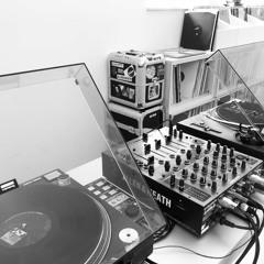 Max Freund - VinylFreund #9 (Squirrel On A Rocket)