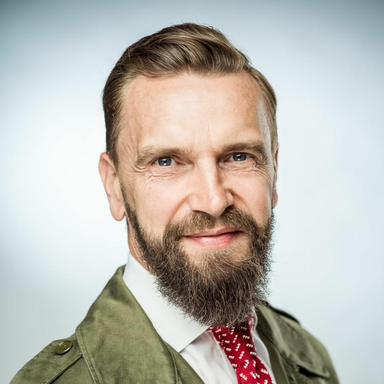 170. Podcast Mužom.sk: Daniel Šmíd - lektor etikety