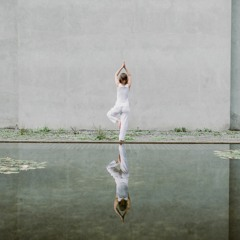 20-minute mindful movement for MBSR