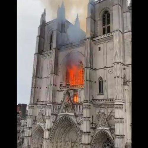 La prévention des risques dans les monuments historiques. Paris/Nantes