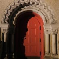 The Girl Behind The Red Door (Original Mix)