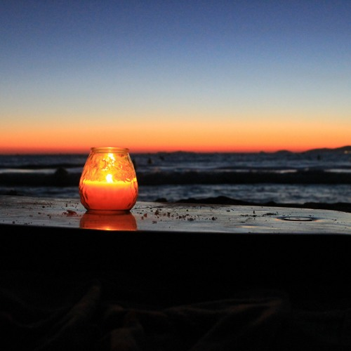 Sunset with an orange-cinnamon candle
