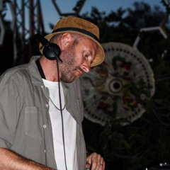 eclectics mix 132 | Andy Bainbridge | Not An Animal |