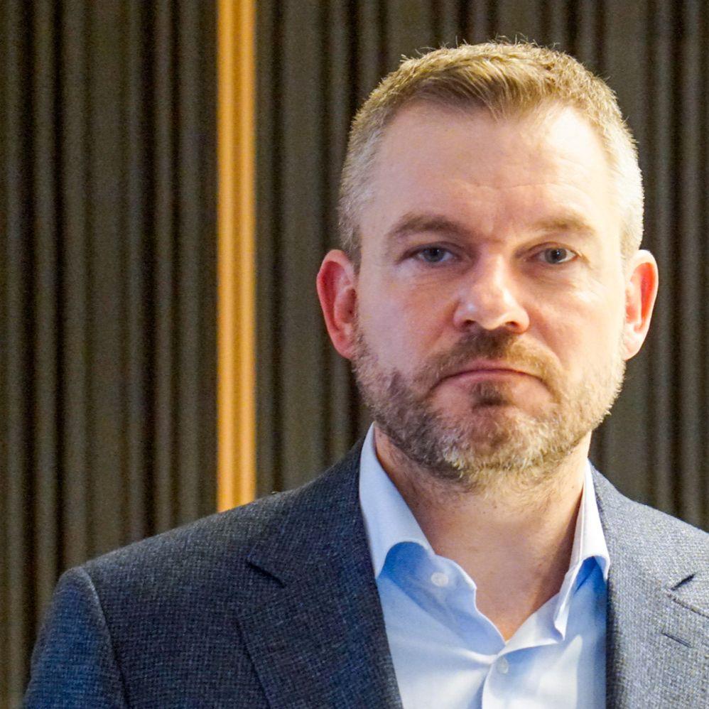 Peter Pellegrini - Ľudí, ktorí nedodržiavajú karanténu, treba nahlásiť polícii