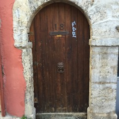door09