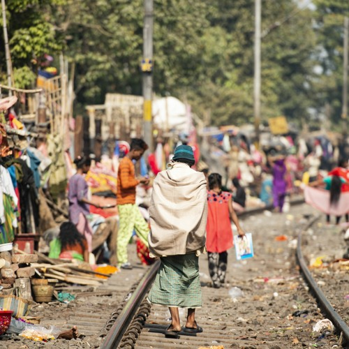 "Adam Auerbach and Tariq Thachil: Covid-19 Challenges in India's ""Slum Settlements"""