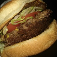 Fat Burger (Restaurant Review) (made with Spreaker)