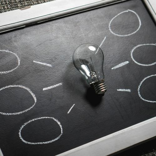 Corona FAQ #4: Finanzielle Hilfen für solo-selbstständige Literat*innen I