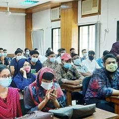 ঢাকা বিশ্ববিদ্যালয়ে সশরীরে ক্লাস শুরু | Jagonews24.com