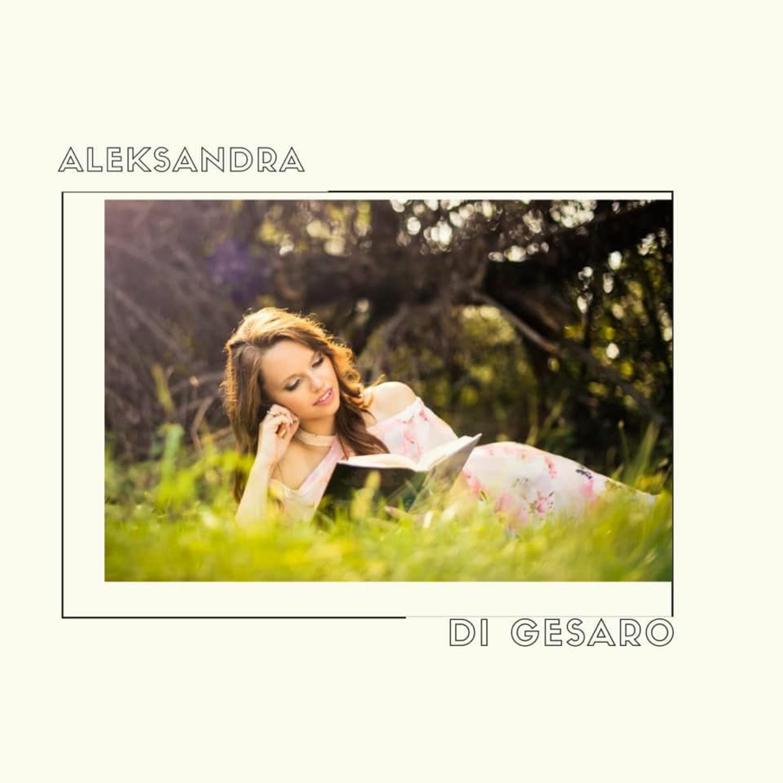 Photographer & Artist Aleksandra Di Gesaro